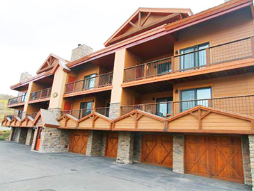 4 bdrm rental condo in crested butte