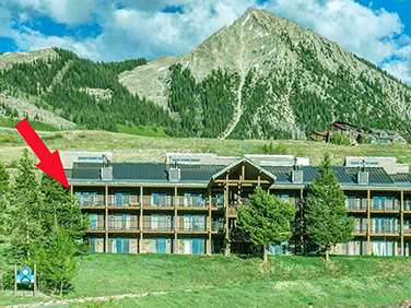 Tami's ski in and out 3 bedroom condo in Crested Butte