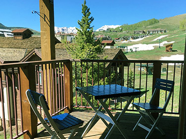 Tami's ski in and out Tami's ski in and out 3 bedroom condo in Crested Butte